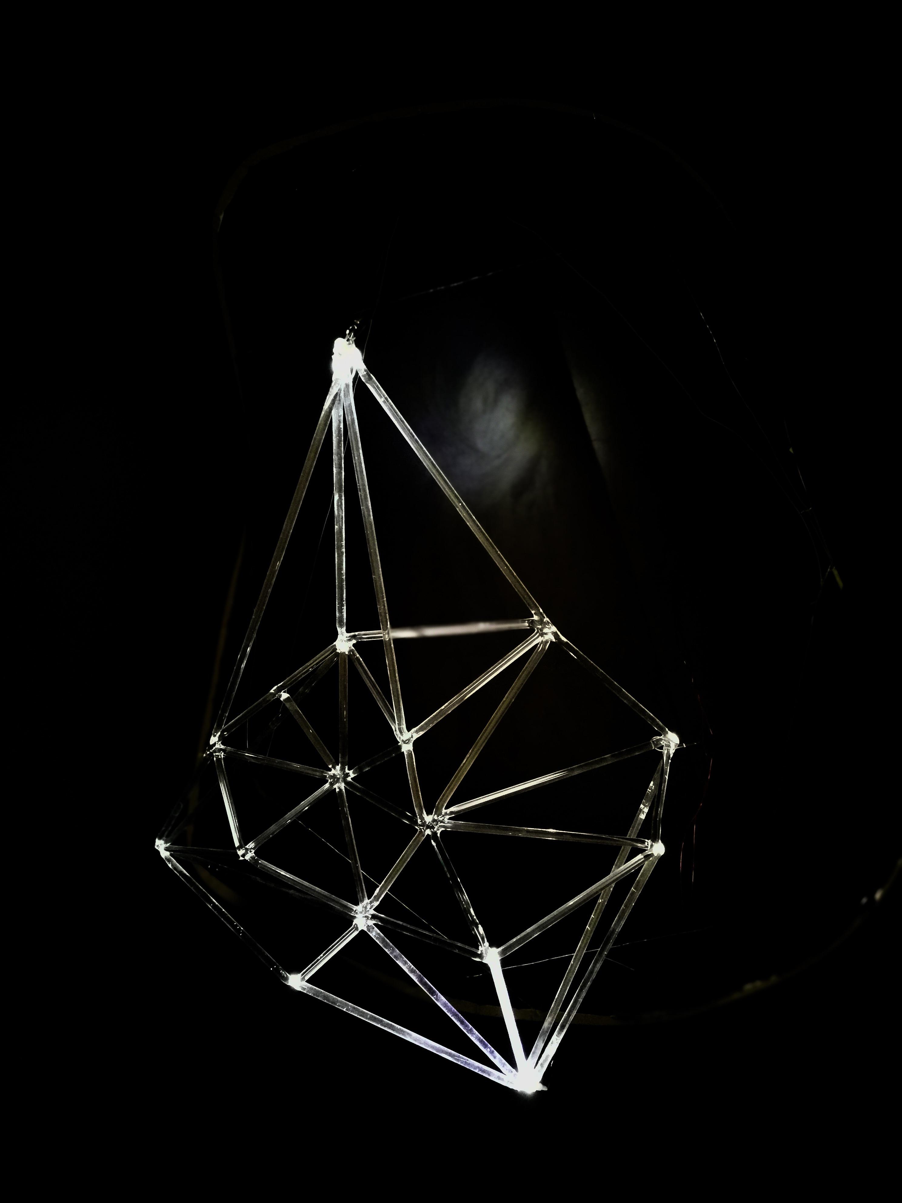 Rzeźba/lampa z prętów szklanych - technika lampworking